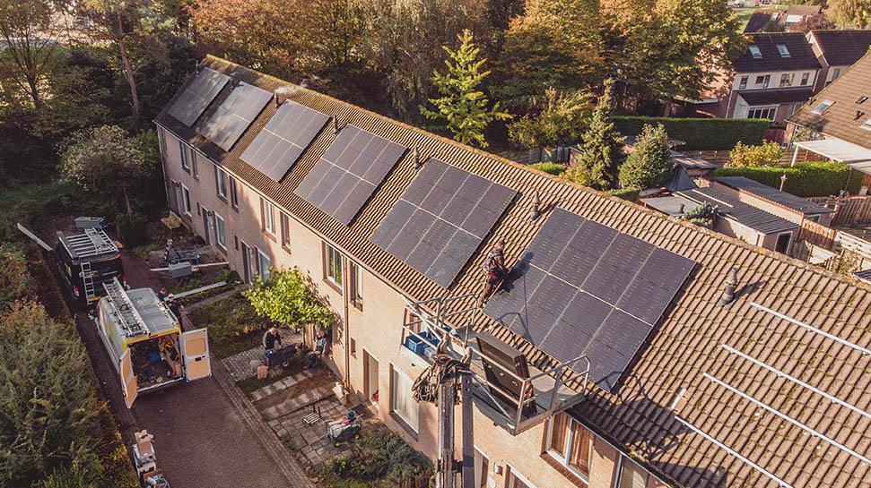 bedrijfsfilm dijkman energy systems zonnepanelen zonneboiler systemen