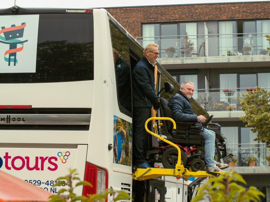 fotografie rolstoelvervoer touringcar