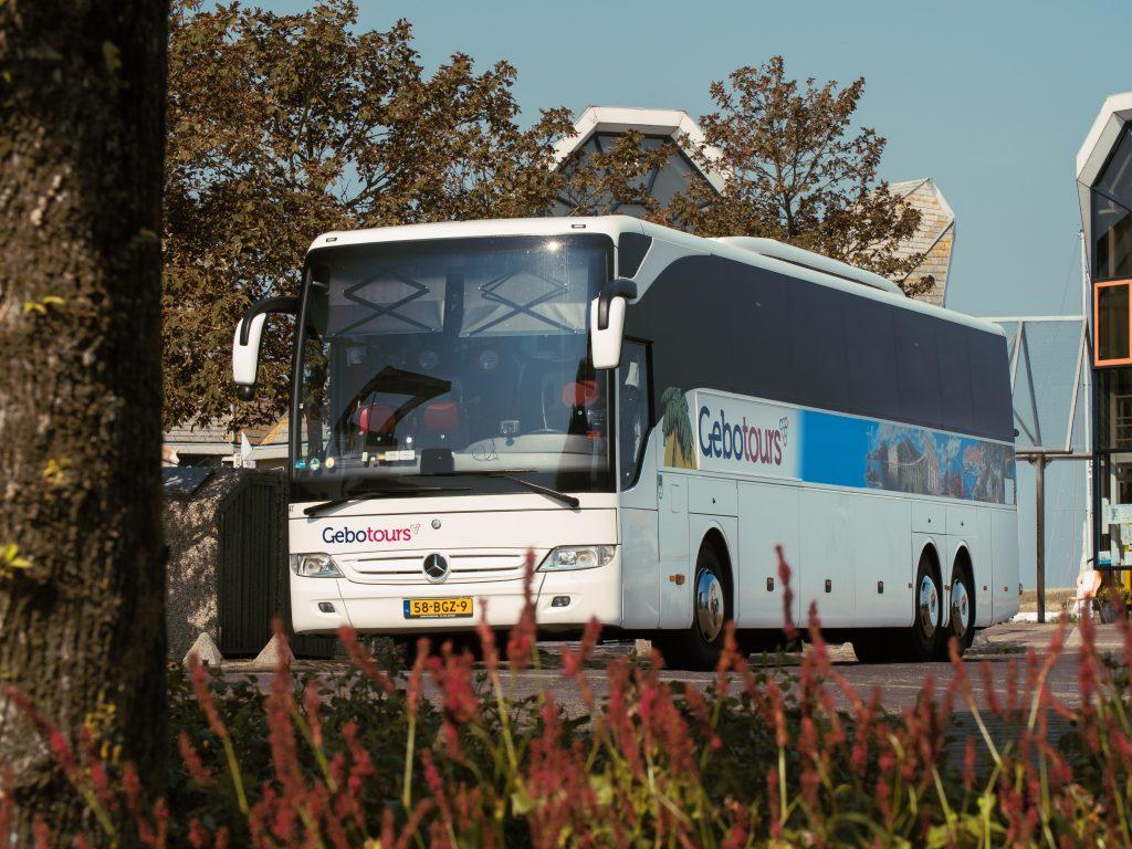 Bus personenvervoer dorpje